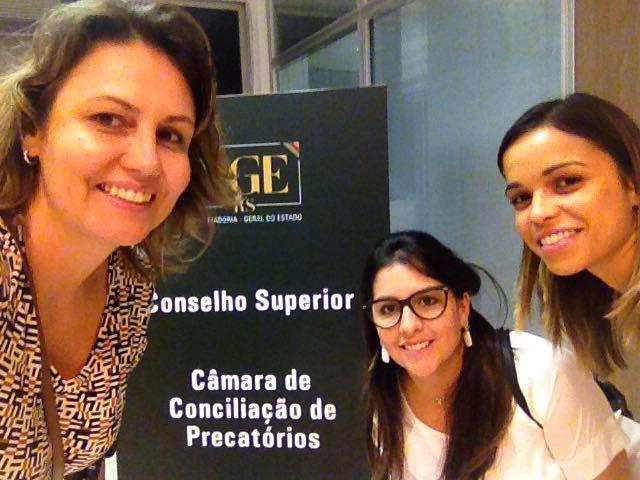1.Luciane, Fernanda e Paula